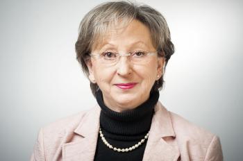 Frau Maria Benen